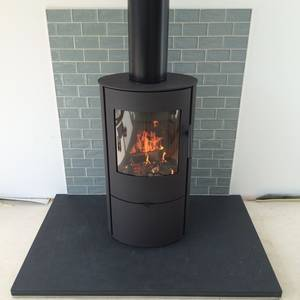 Brazilian black slate hearth